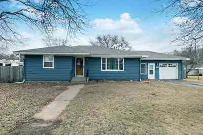 Wisconsin Dells Single Family Home For Sale: 1012 Race St