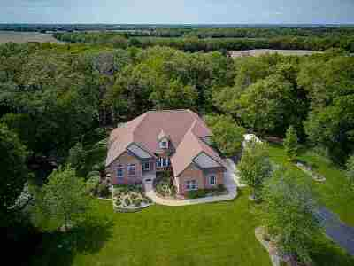 Milton Single Family Home For Sale: 8403 N Ridge Tr
