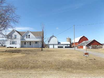Wisconsin Dells Single Family Home For Sale: 4123 5th Ave