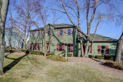 Verona Single Family Home For Sale: 724 Forest View Dr