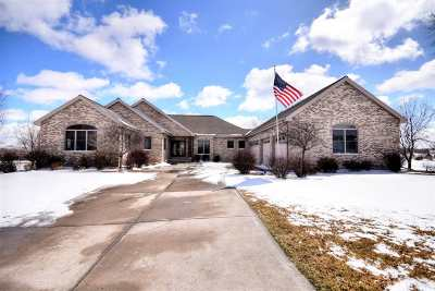 Stoughton Single Family Home For Sale: 3029 Linnerud Dr