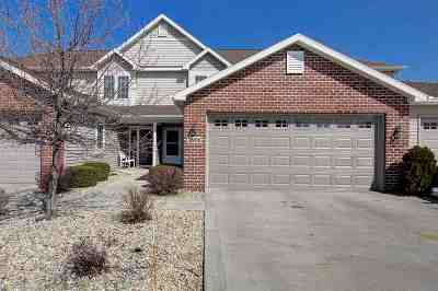 McFarland Condo/Townhouse For Sale: 5806 Holscher Rd
