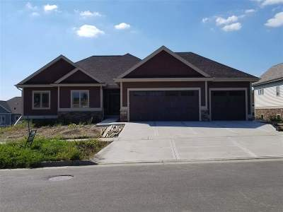 Waunakee Single Family Home For Sale: 1011 Water Wheel Dr