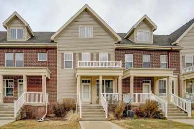 Fitchburg Condo/Townhouse For Sale: 36 S Gardens Way