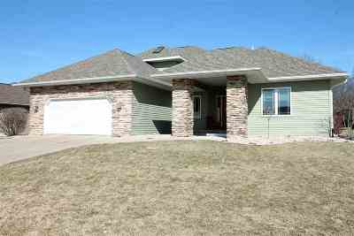 Janesville Single Family Home For Sale: 4131 Windmill Ln