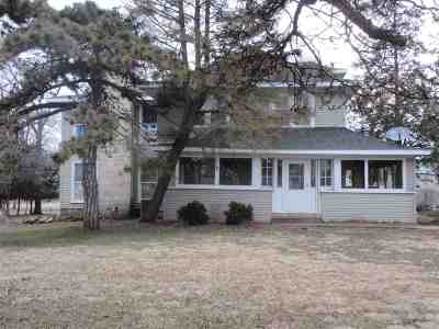 Janesville Single Family Home For Sale: 3832 W Hwy 14