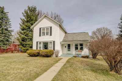 Waunakee Single Family Home For Sale: 313 Grant St
