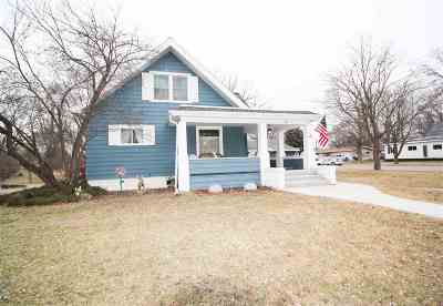 Single Family Home Sold: 475 7th St