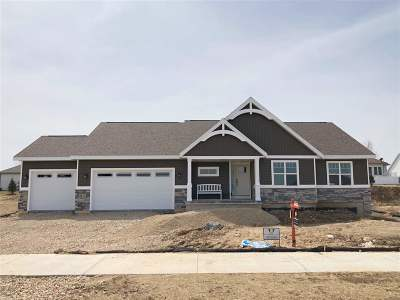 Sun Prairie Single Family Home For Sale: 2117 Lonnie Ln