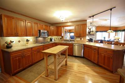 Cambridge Single Family Home For Sale: N4574 Park Rd