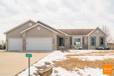 Dane County Single Family Home For Sale: 6835 Starburst Dr