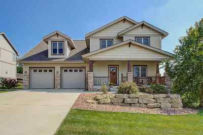 Waunakee Single Family Home For Sale: 1505 Monticello Ln
