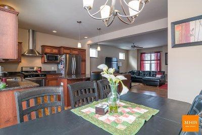 Sun Prairie Single Family Home For Sale: 1309 Blazingstar Ln
