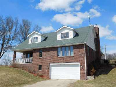 Iowa County Single Family Home For Sale: 5672 Griffiths Rd