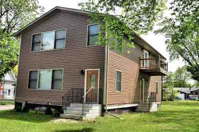 Wisconsin Dells Multi Family Home For Sale: 618 Capital St