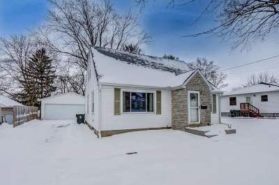 Sun Prairie Single Family Home For Sale: 147 Flint St