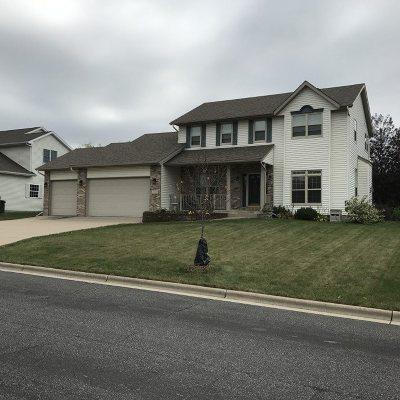 Sun Prairie Single Family Home For Sale: 2339 McCoomsky Ln