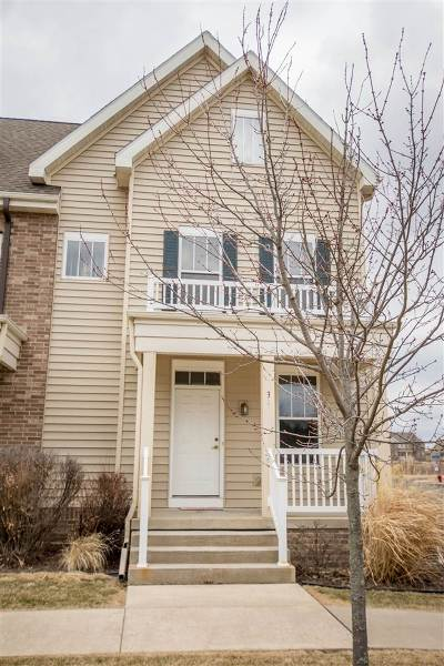 Fitchburg Condo/Townhouse For Sale: 31 S Gardens Way