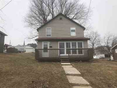Single Family Home Sold: 143 S Jackson St