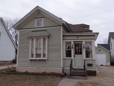 Evansville Single Family Home For Sale: 10 W Liberty St