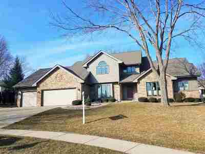 Waunakee Single Family Home For Sale: 1409 Danbury Bay