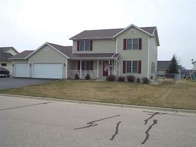 Janesville Single Family Home For Sale: 2316 Partridge Ln