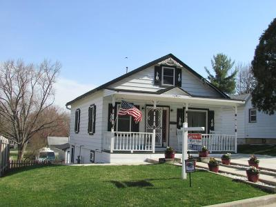 Deforest Single Family Home For Sale: 420 Linde St