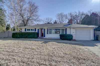 Madison Single Family Home For Sale: 401 S Midvale Blvd