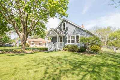 Sun Prairie Single Family Home For Sale: 167 Union St