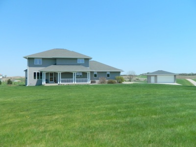 Green County Single Family Home For Sale: N3640 View Point Dr