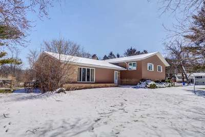 Fitchburg WI Single Family Home For Sale: $389,000
