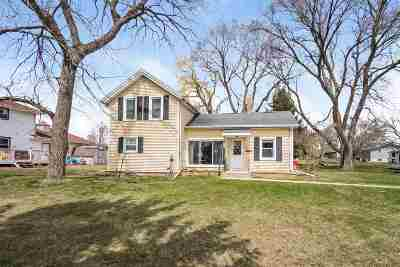 Dane County Single Family Home For Sale: 634 Canal Rd