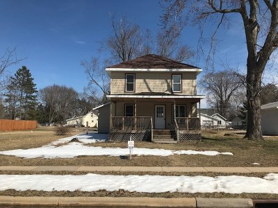 Adams WI Single Family Home For Sale: $139,000