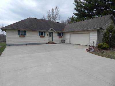 Dodge County Single Family Home For Sale: N7393 Crystal Ridge Dr