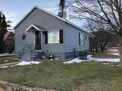 Friendship Single Family Home For Sale: 106 E Lake St