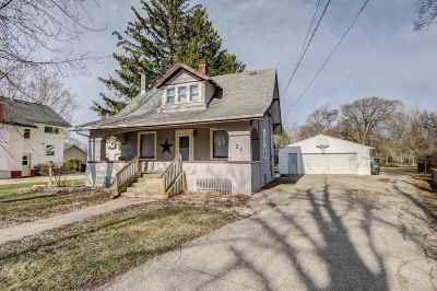 Milton Single Family Home For Sale: 23 Morgan St