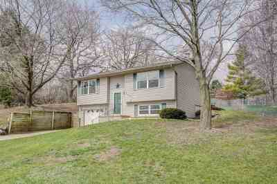Fitchburg Single Family Home For Sale: 2403 East Hill Dr