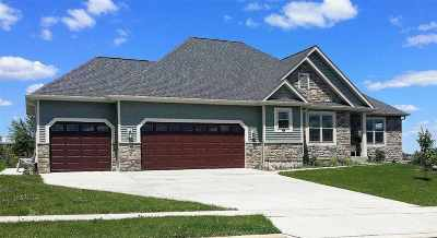 Jefferson County Single Family Home For Sale: 586 Country View Ln