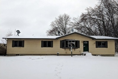 Pardeeville Single Family Home For Sale: W7185 Phillips Rd