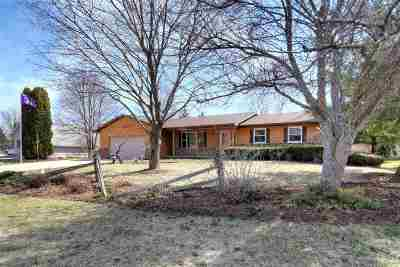 McFarland WI Single Family Home For Sale: $289,900