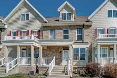Fitchburg Condo/Townhouse For Sale: 78 S Gardens Way