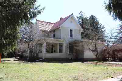 Green County Single Family Home For Sale: 1732 16th St