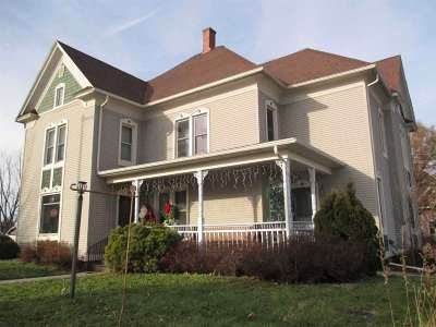 Green County Single Family Home For Sale: 202 6th Ave