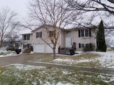 Stoughton Multi Family Home For Sale: 500-502 Veterans Rd