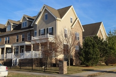 Fitchburg Condo/Townhouse For Sale: 27 S Gardens Way