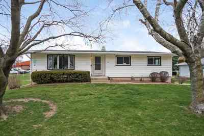Green County Single Family Home For Sale: 202 E Wisconsin Ave