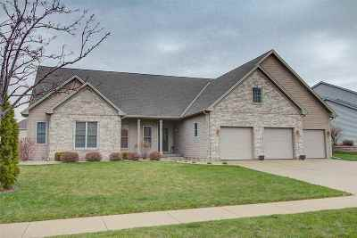 Waunakee Single Family Home For Sale: 529 Vanderbilt Dr
