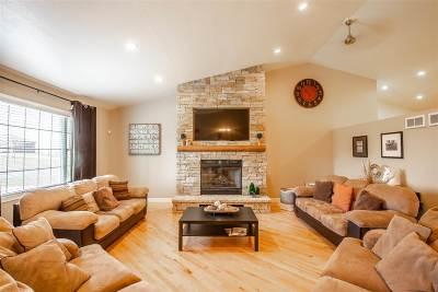 Sun Prairie Single Family Home For Sale: 2910 Vang Rd