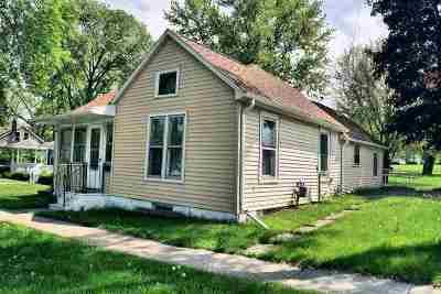 Wisconsin Dells Single Family Home For Sale: 902 Vine St