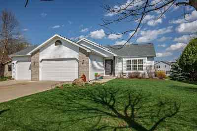 Sun Prairie WI Single Family Home For Sale: $345,000